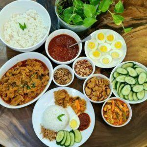 Melaka Style Peranakan Sakura Pork Shoulder Nasi Lemak